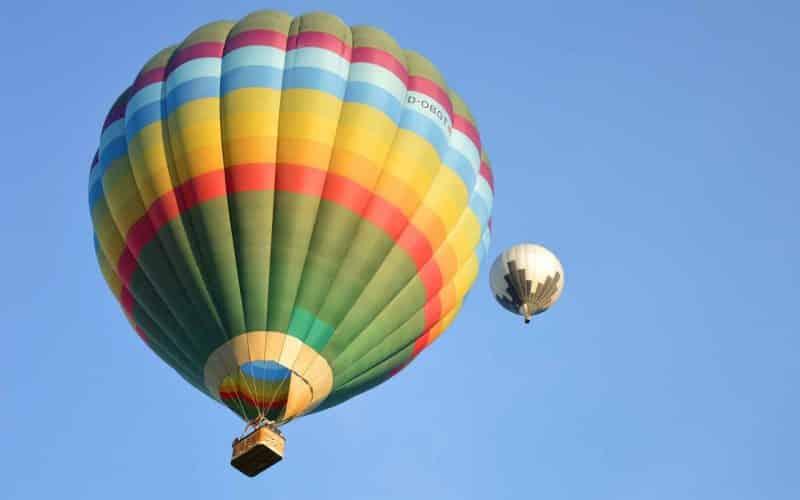 hot-air-balloon-5390487_1920